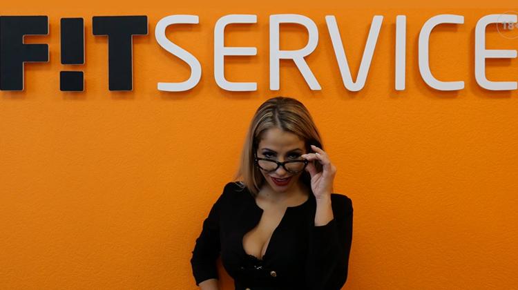 fit service pornhub pre-rolls